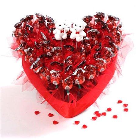 """מק""""ט 001 לב אוהב"""